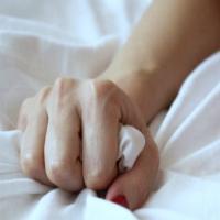 Quase metade das mulheres casadas têm orgasmos durante o sono