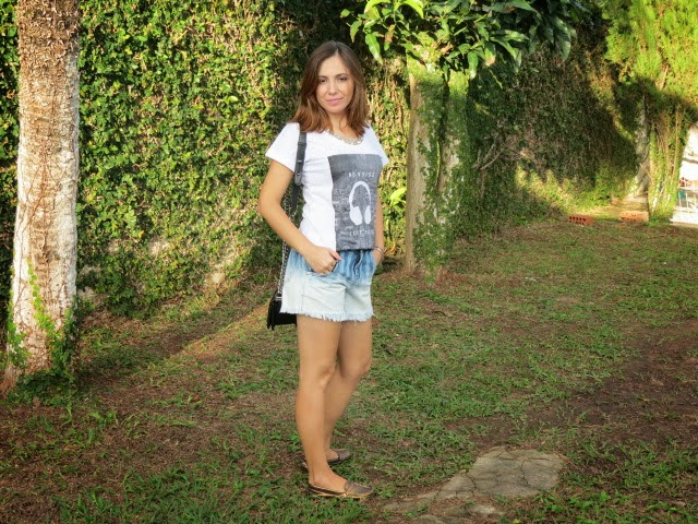 Look camiseta Chico Rei