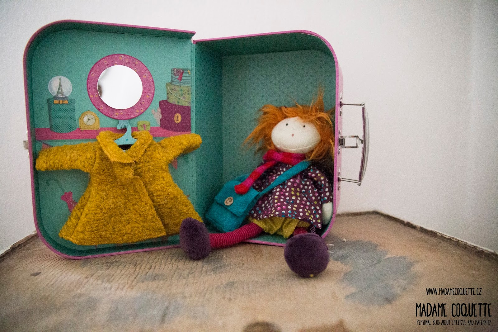 Madame coquette hra ky kter n s bav moulin roty - Kast moulin roty ...