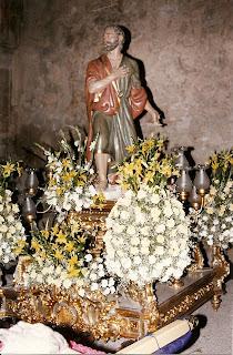 Trono de D. Rafael Millán Álvarez utilizado en la procesión del Santo Entierro