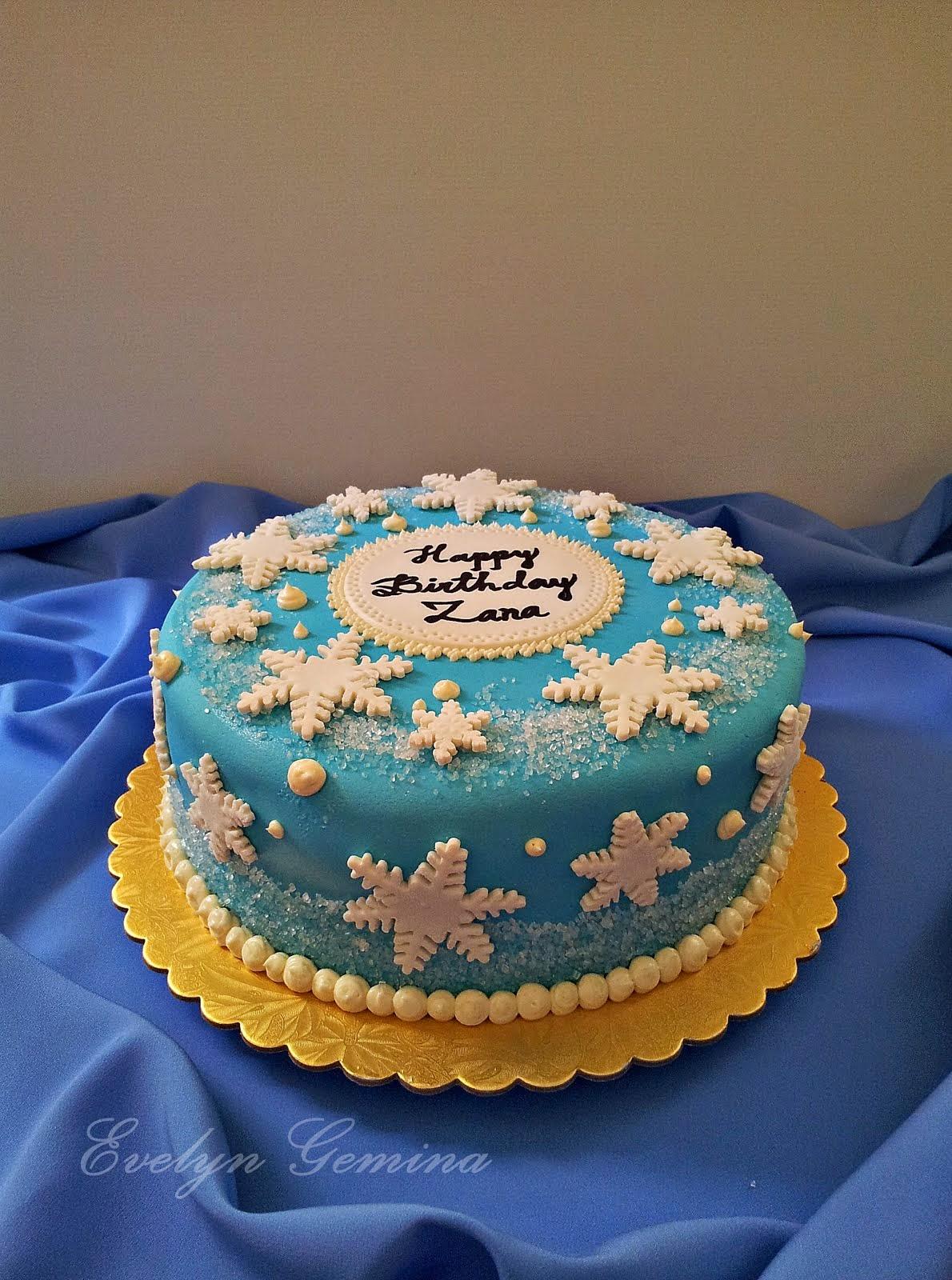 Frozen theme fondant cake (Vanilla buttercake) / 2.5kg