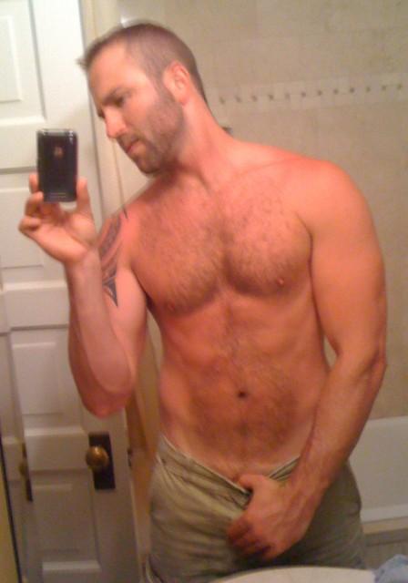 Gay incontri genova ragazzi belli nudi
