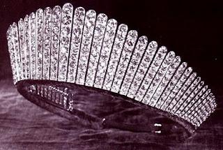 تيجان ملكية  امبراطورية فاخرة KokoshnikTiara