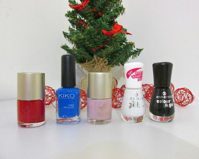 christmas nails, christmas nail art, easy nail art