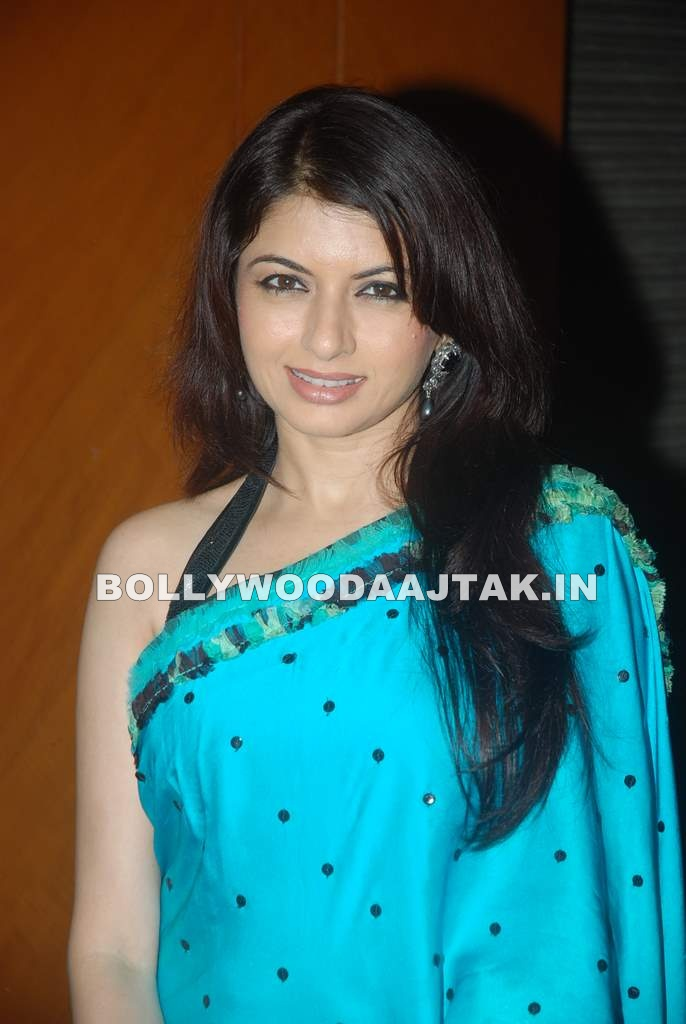 1 - Bhagyashree at Bollywood legends honoured at I'MMortal event