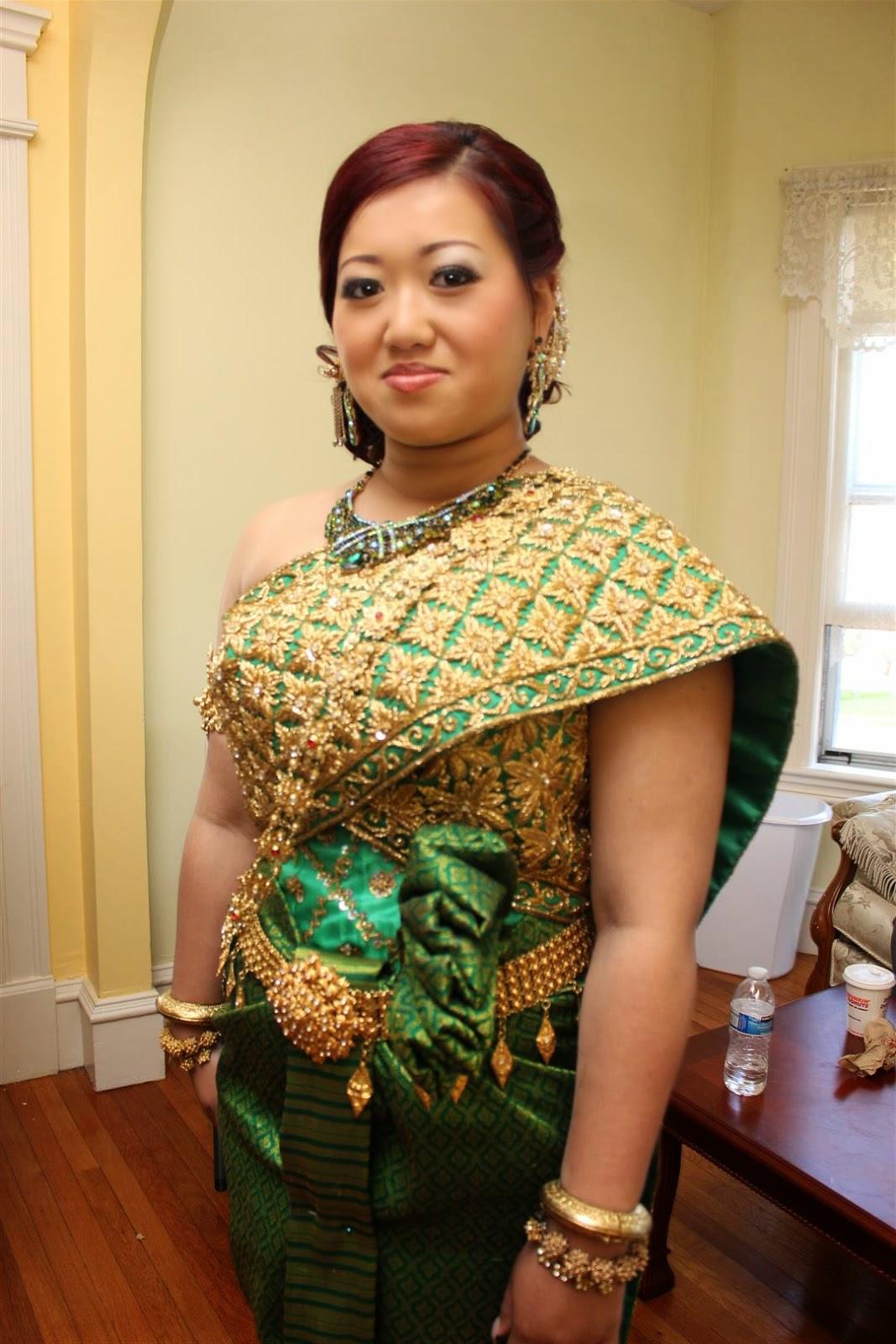 Mami Eggroll Paulyna Khmer Wedding Ceremony In Lowell