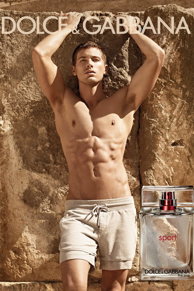Dolce Gabbana 39s new fragrance The ads was shot by Mariano Vivanco
