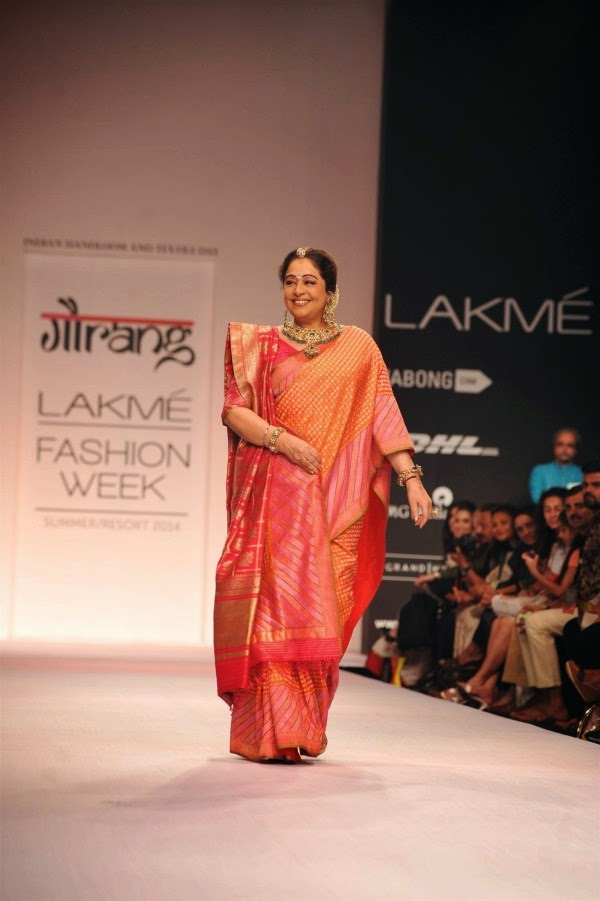 Kirron Kher at Lakme Fashion Week (LFW) Summer/ Resort 2014
