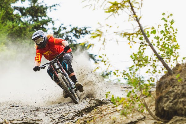 Kelly McGarry To Ride With YT Industries