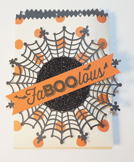 Halloween Gift Bag made with Stampin'IP!'s Mini Treat Bag Thinlits and Spider Web Doilies