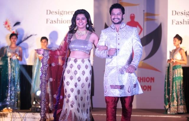 Celebs walk the ramp for Milap marathi fashion