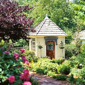 Eye for design garden shed chic for English garden shed designs
