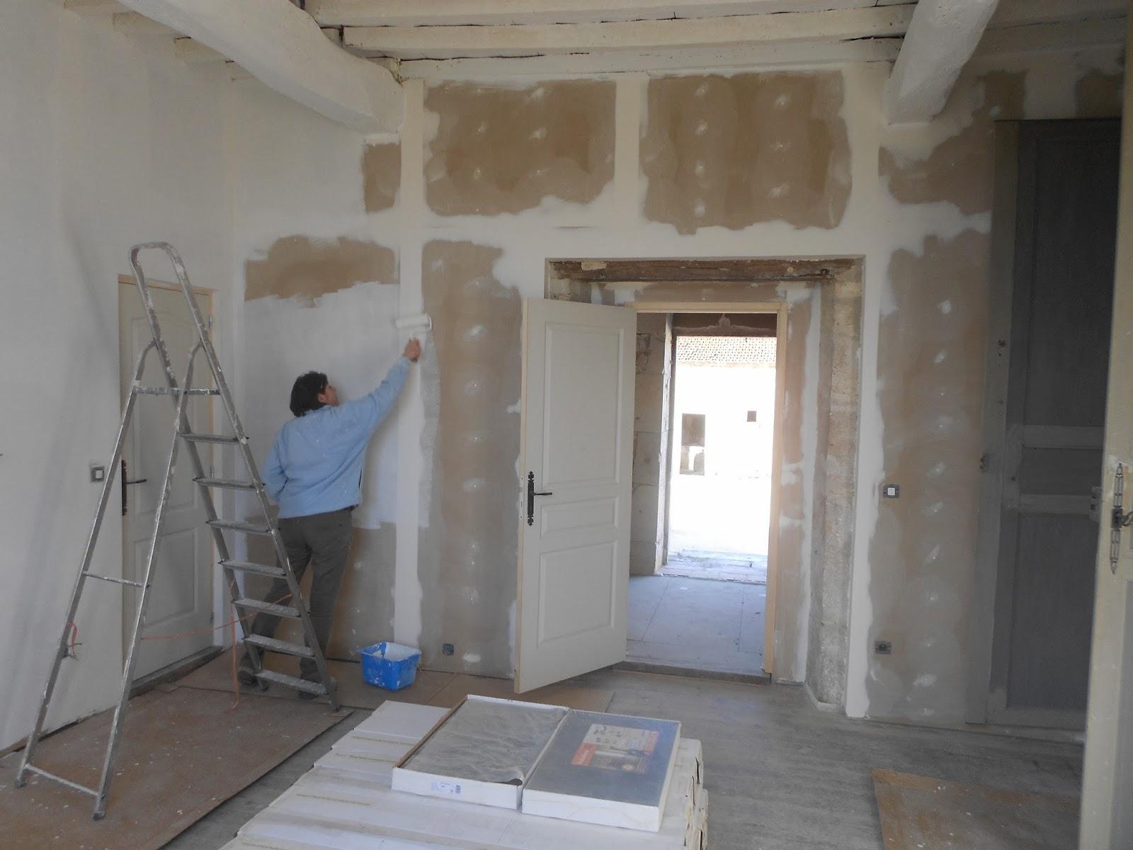 Ik ben beginnen schilderen in kamer 2 , plafond heeft al zijn 2 lagen ...