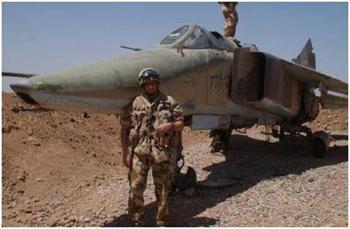 Irak - Página 2 IRAK+MIG-23BN+2003+PIOTR+JAN+PIGULA+2
