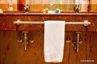 CrownPlaza hotel in Minsk - bathroom