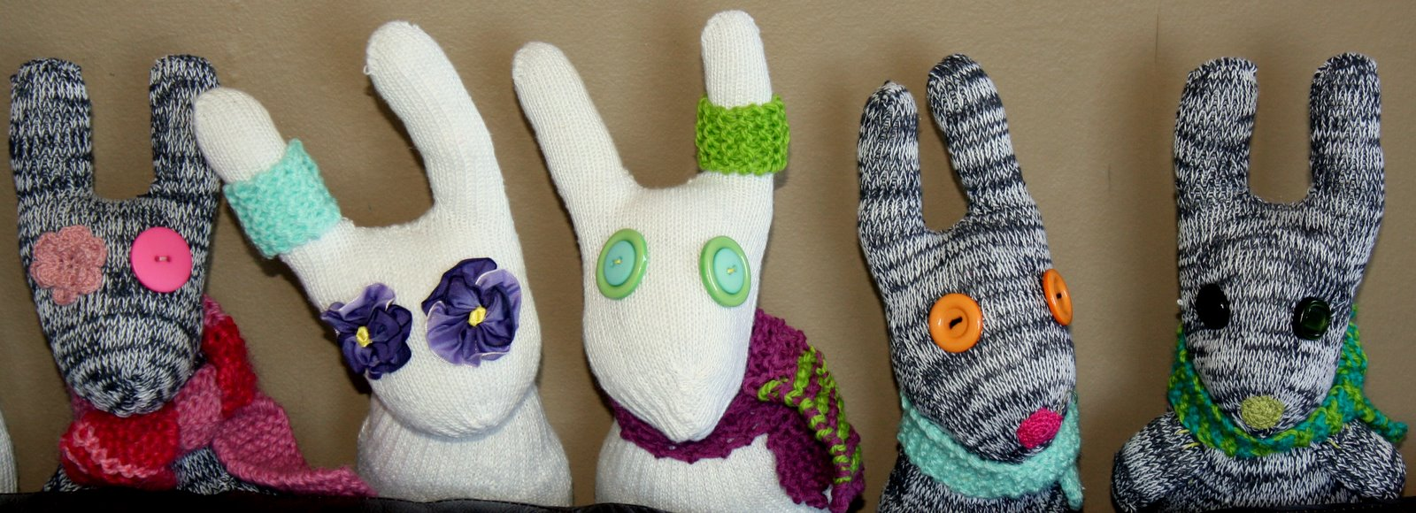how to make rabbit gloves