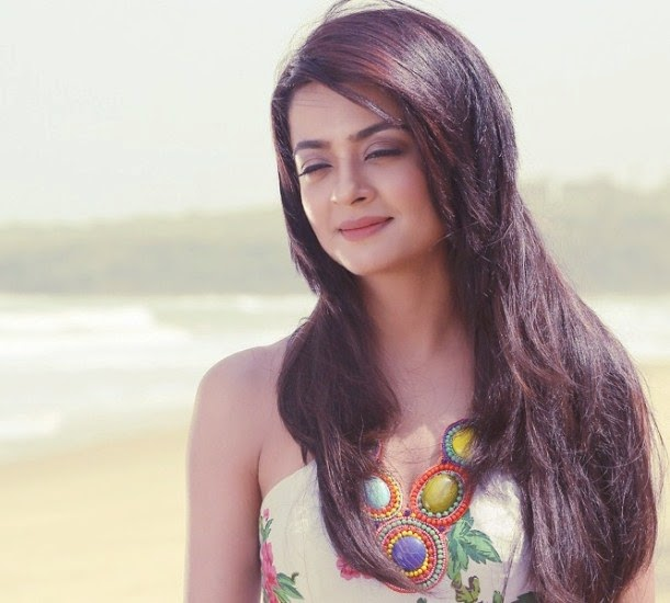 Surveen Chawla Hate Story Wallpaper, Surveen Chawla Hate Story HD photos, Surveen Chawla beautiful HD wallpaper, Surveen Chawla Hate Story 2 Images free