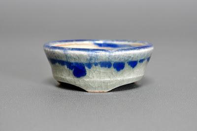 青磁釉丸盆栽鉢(Celadon glaze bonsai pot)h2147