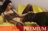 Zoofilia Magrinha Fazendo Sexo com Cachorrao
