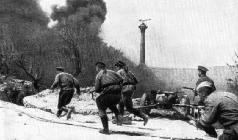 Бой пехоты в Севастополе