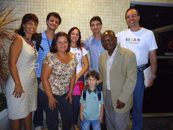 Alguns integrantes do GESAN no Seminário Qualidade Sanitária de Alimentos - UVV, abril de 2012
