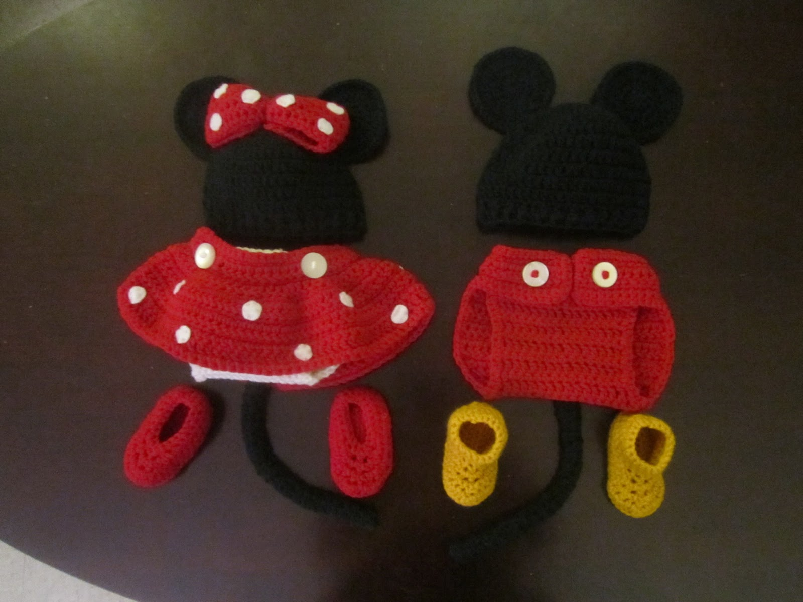 Free Crochet Pattern For Baby Minnie Mouse Outfit : Free Crochet Pattern Mickey Mouse Clothes Baby Joy ...