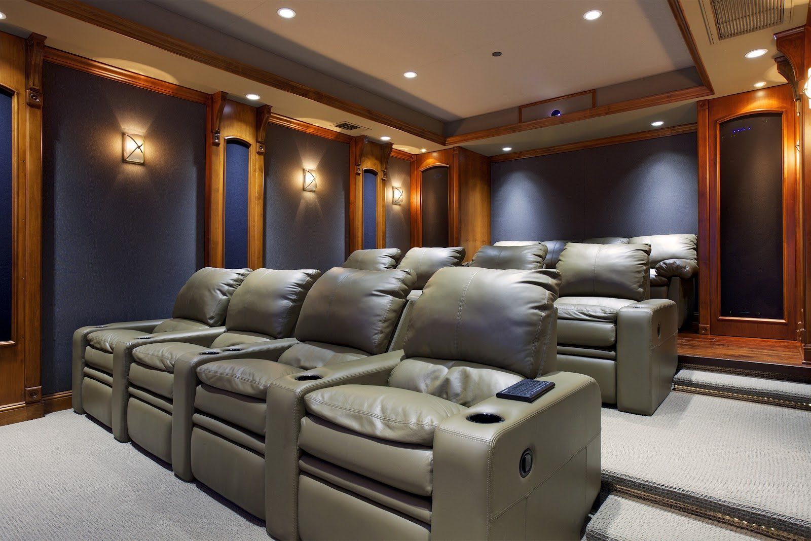 MDD Homes: Home Theater Room