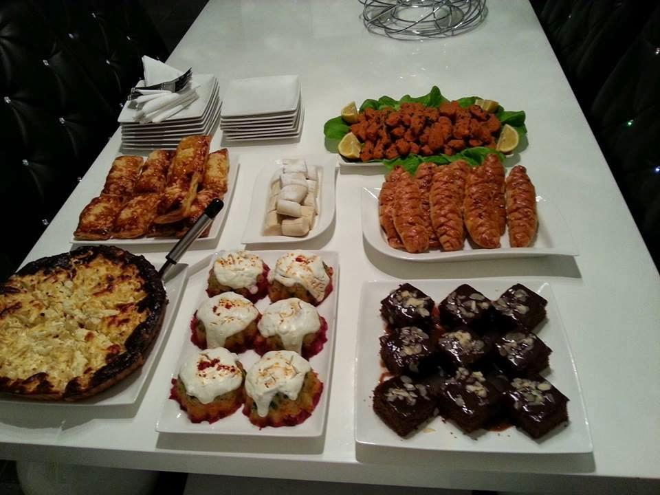Karnabaharlı kiş,tavuklu milföy,üç renkli patates salatası,patats pastası,ıslak kek,kek