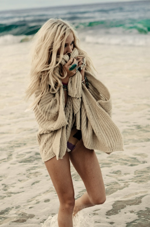 Beach Sweater 69