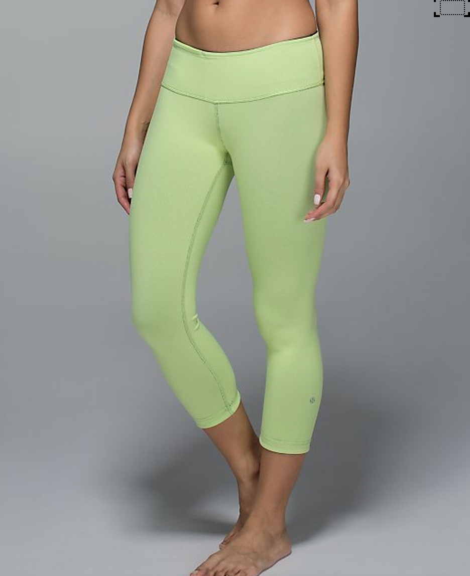 http://www.anrdoezrs.net/links/7680158/type/dlg/http://shop.lululemon.com/products/clothes-accessories/crops-yoga/Wunder-Under-Crop-II-RVS?cc=17659&skuId=3600904&catId=crops-yoga