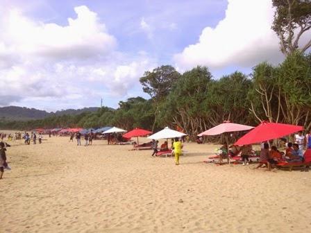 Pantai Pulau Merah/Red Island