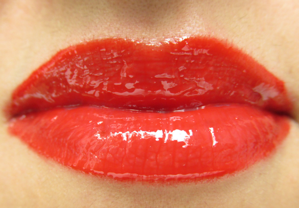 Maybelline Color Elixir Lip Laquer 505 Signature Scarlet ohne lipliner swatch