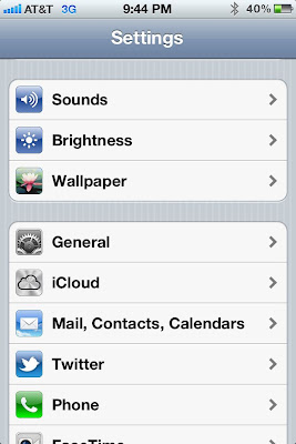 Step 1: To fix the problem with your Safari Browser on iPhone 4 4G 3GS 3G 3 iOS 5 with cookies beings reset to never accept.  Go to settings on iPhone and select iCloud