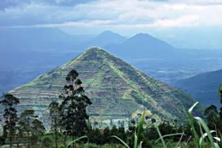 Pyramid Found in West Java, Indonesia, older than the Giza Pyramids of Egypt ?