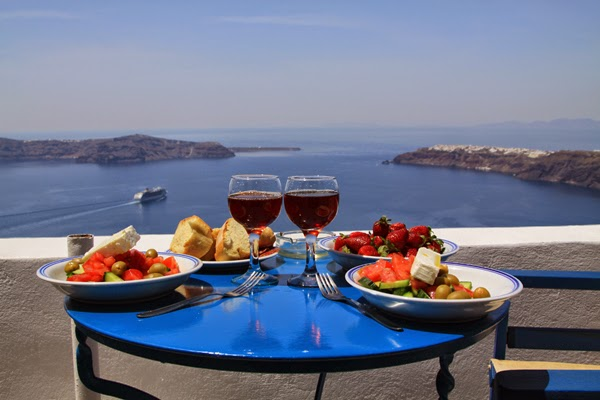 Historic tour in Athens, holiday in Santorini, holiday in Greece, wine in Santorini, cruise in Greece, Parthenon on Acropolis,