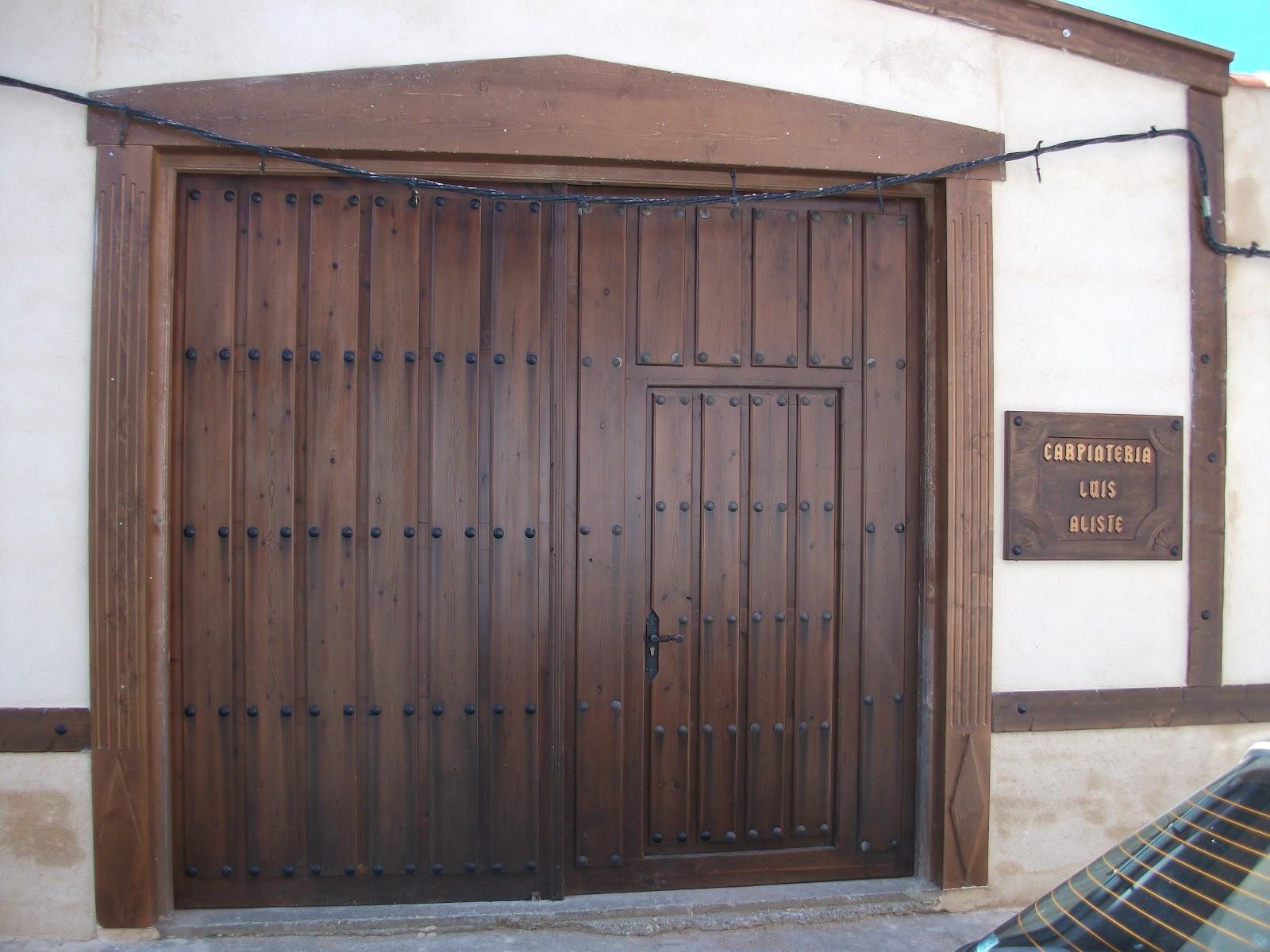 Carpinteria de madera luis aliste nuevo fachada y cartel for Carpinteria en madera