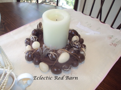 Eclectic Red Barn: Brown and white Easter egg candle holders