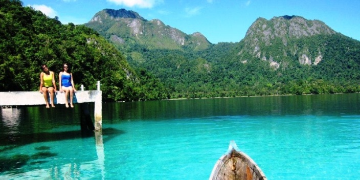 Pantai Ora Pulau Seram Maluku Tengah. ZonaAero