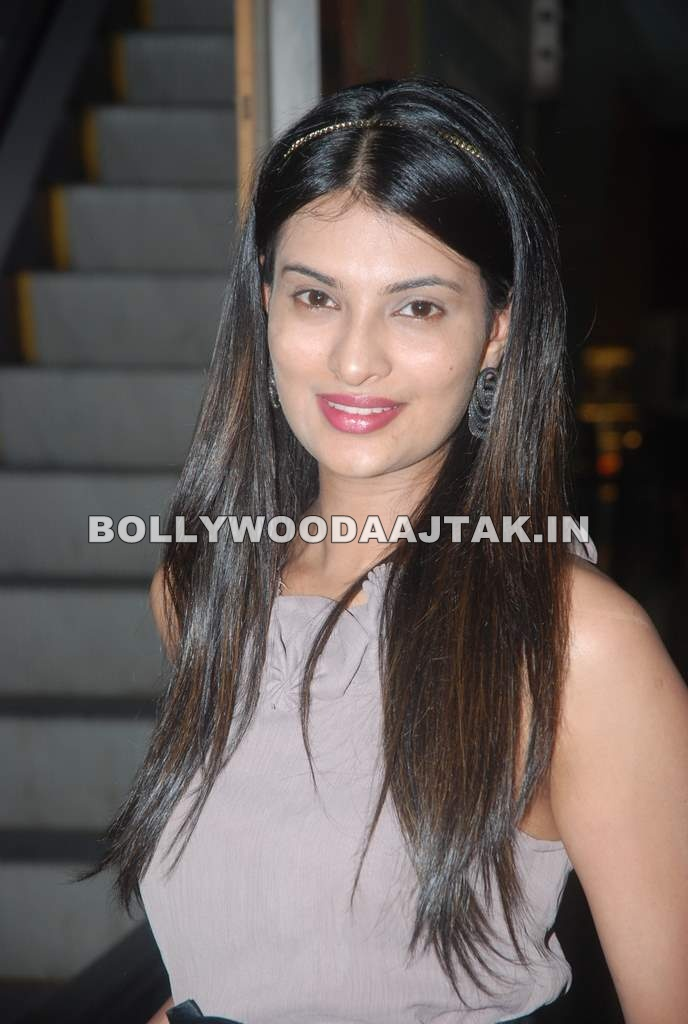 1 - Sayali Bhagat on location of film Ghost