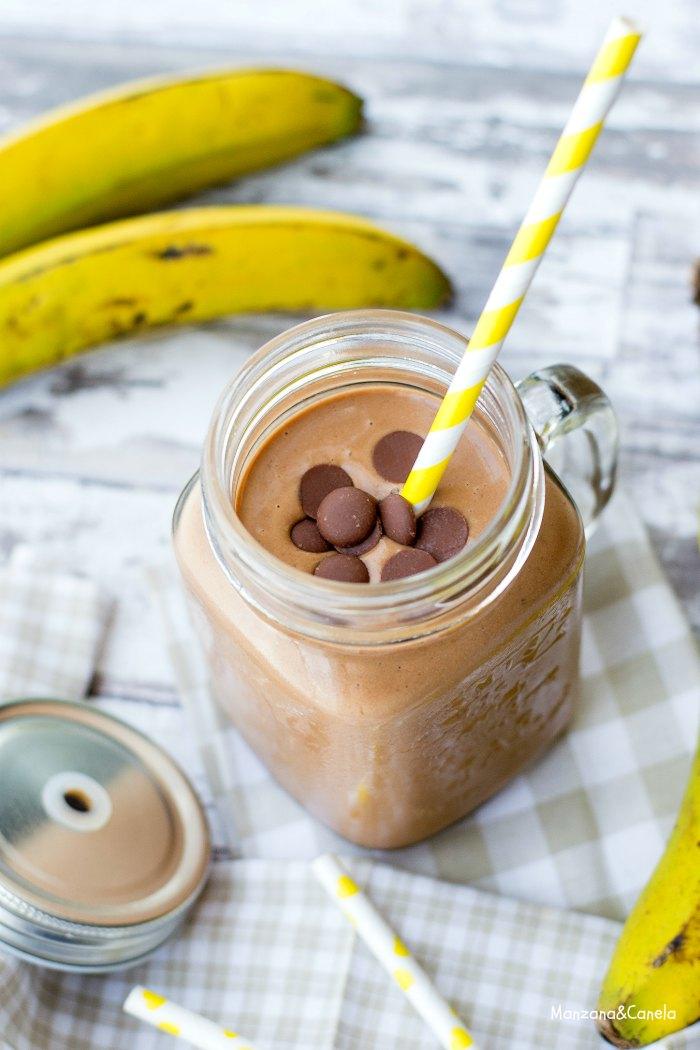 Batido (ligero) de plátano, cacahuete y cacao (sin azúcar)
