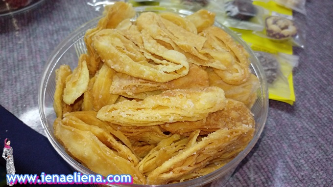 Homemade Biskut Tiram
