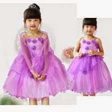 gambar cantik anak kecil memakai gaun pesta