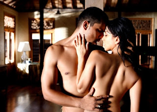 Randeep Hooda & Sunny Leone in Hey Walla - Jism 2