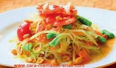 resep praktis (mudah) membuat (memasak) masakan asal thailand salad pepaya (som tam) spesial enak, gurih, lezat