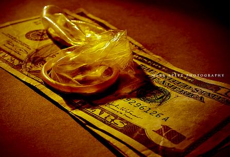 sexo por dinero en efectivo hinchado
