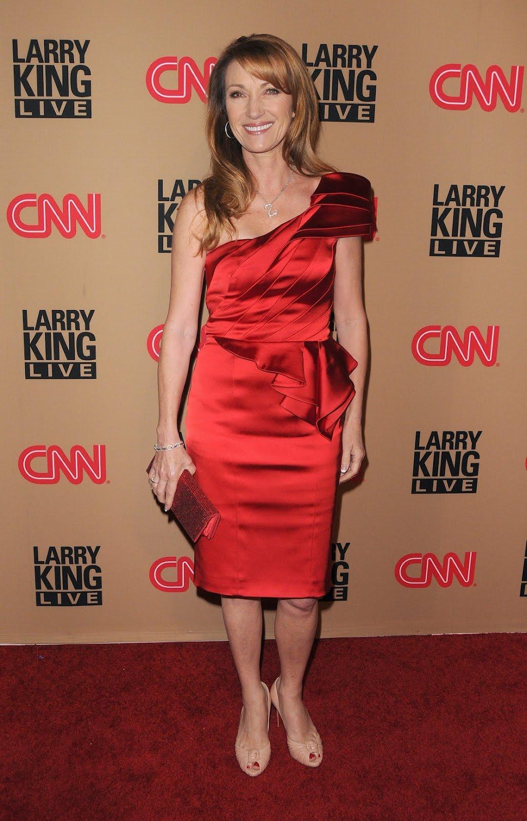 http://3.bp.blogspot.com/-iJJ8dyFv51I/T8yf_y9dJaI/AAAAAAAAFCM/6Z1c_Mt3kyM/s1600/Jane_Seymur_-_CNN_s_Larry_King_Live_Final_Broadcast_Wrap_Party_Los_Angeles_Dec_16__2010_-_By_oTTo__7.jpg
