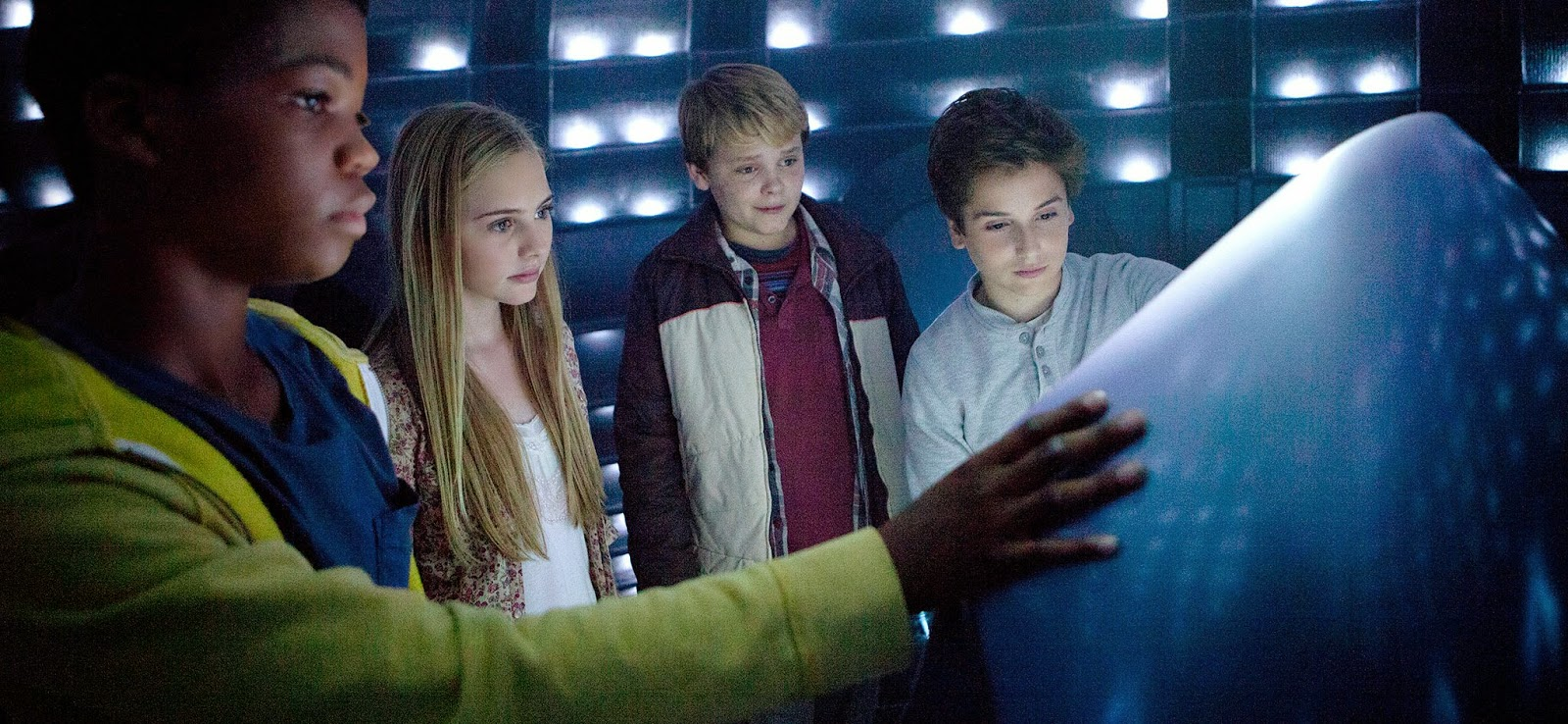 Assista ao novo trailer da ficção found footage Earth to Echo, de Dave Green