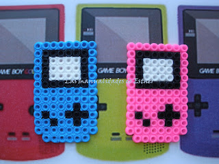 Broches en Hama Beads Game Boy Color
