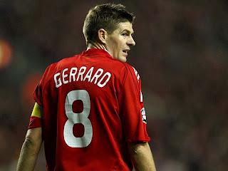 Gerrard Terpilih Jadi Pemain Terbaik Inggris 2012