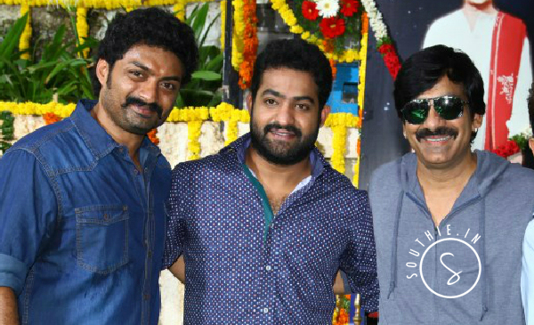 NTR helps Kalyan Ram to release KICK 2. Kalyan ram, Jr.NTR and Ravi Teja at the launch of Kick 2.